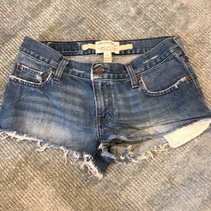 Abercrombie distressed denim cut off shorts euc
